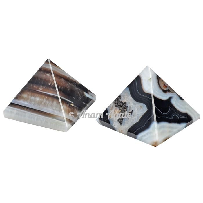 Black onyx Pyramids