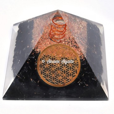 Black Tourmaline With Flower Of Life Orgonite Pyramid