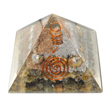 Labradorite with Pearls Orgonite Pyramid
