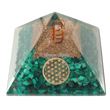 Malachite With Flower Of Life Orgonite Pyramide